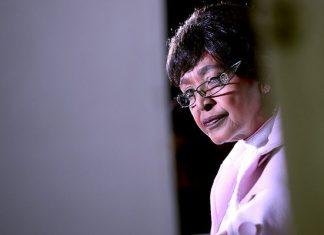 Winnie Mandela Dies At 81, Nelson Mandela Ex-wife